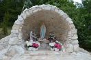 Budowa i poświęcenie Groty NMP z Lourdes w Białce (2)